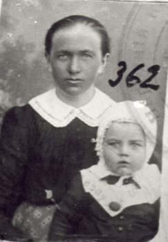362 Malmas Kristina med barn