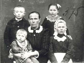 375 Martis Maria med barn