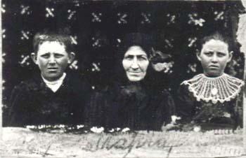 401 Norberg Margareta med barn