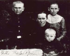 422 Norberg Elfrida med barn
