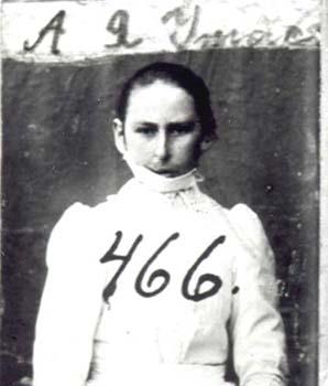 466 Utas Anna