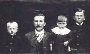 480 Utas Andreas med barn