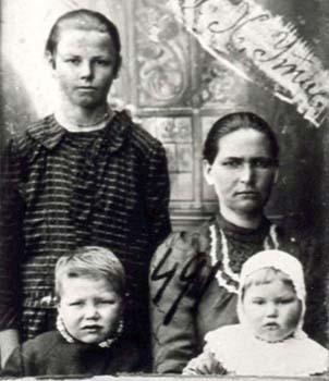 491 Utas Elfrida med barn