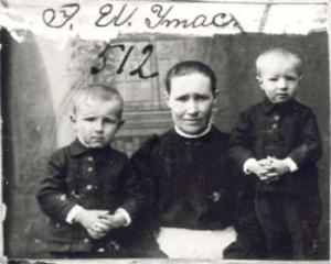 512 Utas Emma med barn