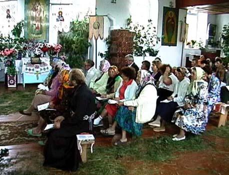 Gudstjänst i Gammalsvenskby 2001