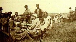 Svenskbybor tillbaka till Gammasvenskby - idyll stäppen 30-talet