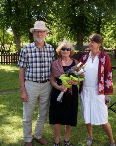 Gunilla och Johnove Olsson med Sofia Hoas